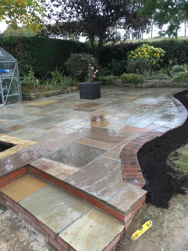 Image 32 - Indian sandstone paving and steps with block paving border