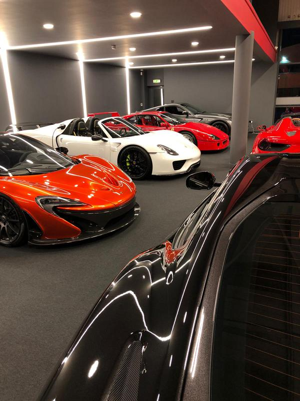 Image 43 - Super car showroom