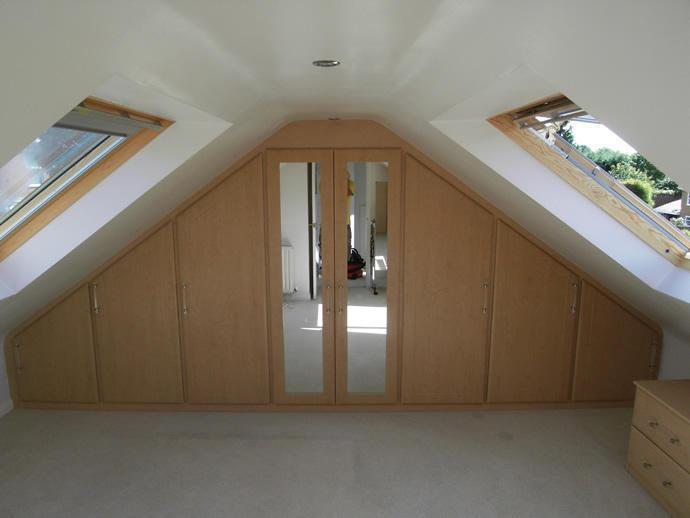 Image 16 - Loft wardrobe HA8