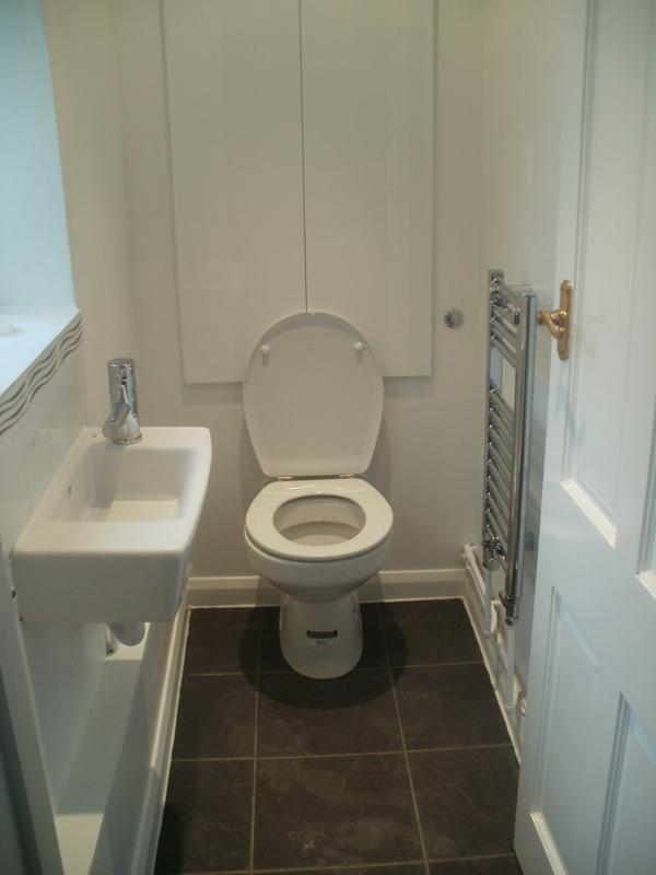 Image 17 - Downstairs Toilet