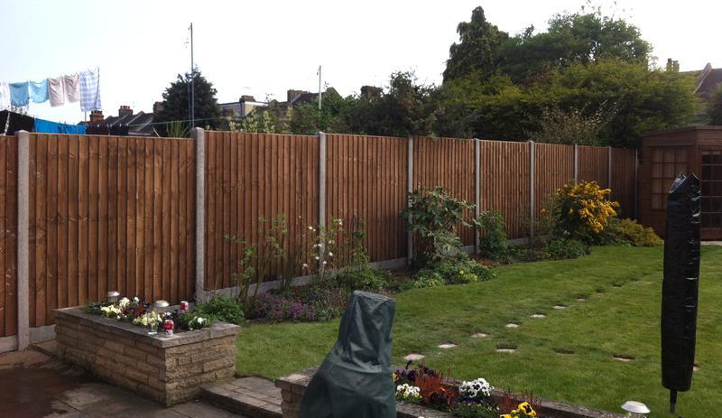Image 3 - Closeboard fencing installation.
