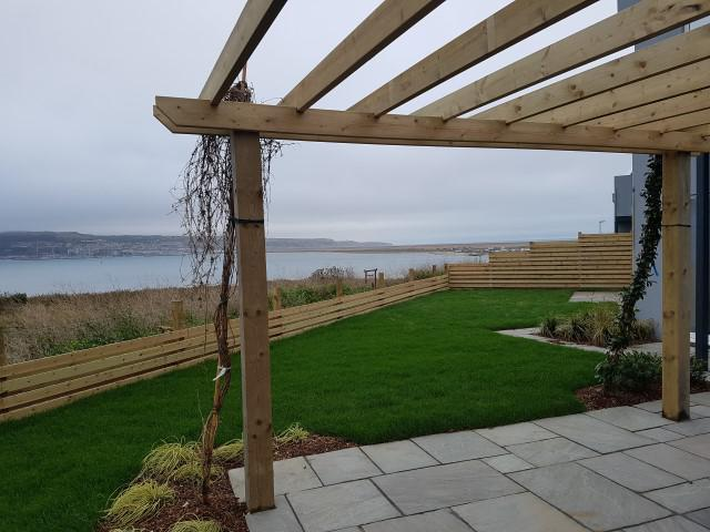 Image 149 - New pergola plus hit and miss style fencing