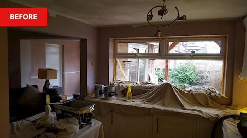 Image 15 - Prepare walls and woodwork
