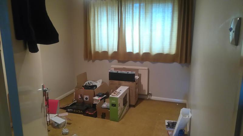 Image 4 - Bedroom re dec. Before