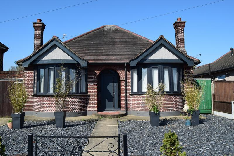 Image 113 - Anthracite Grey Windows and Cottage style solid door installed to this property in Thurrock