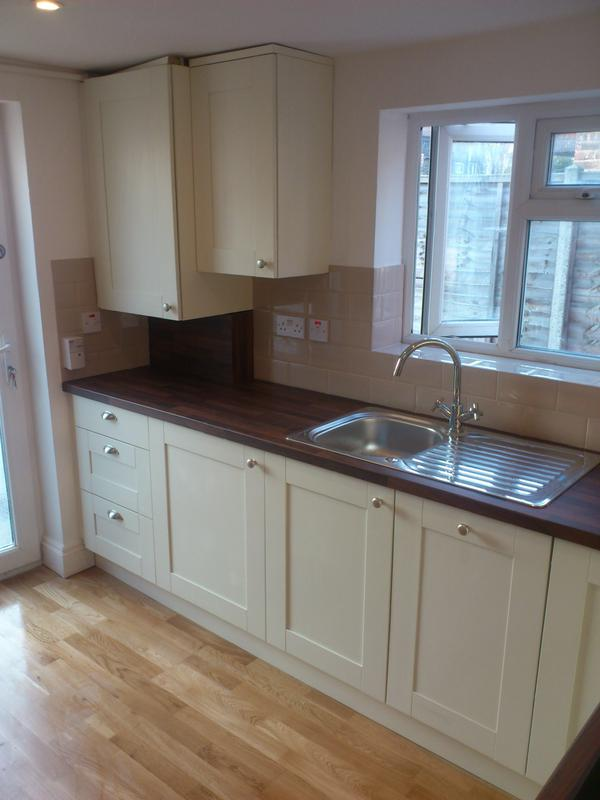 Image 27 - Kitchen,and solid wood floor