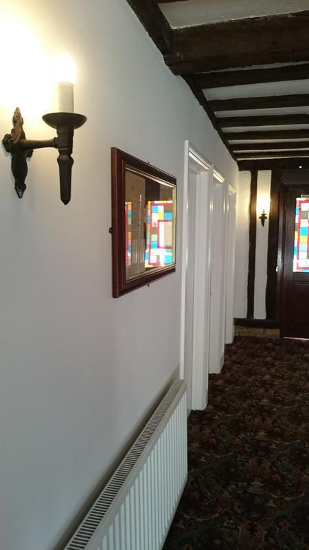 Image 28 - Cromwell Manor Hallway