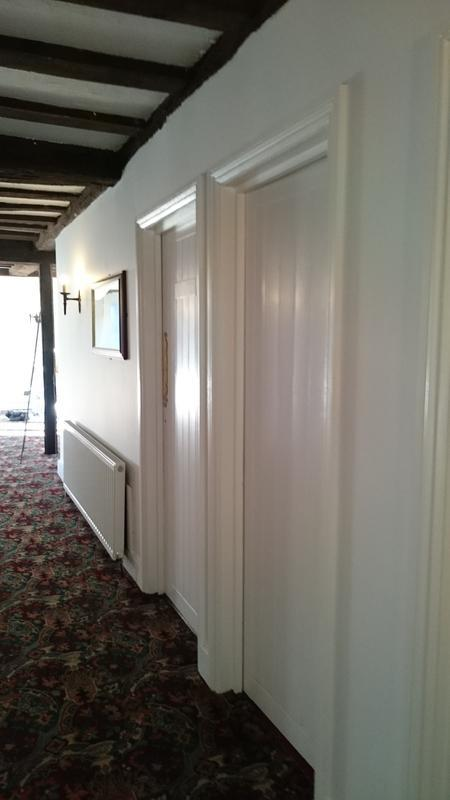 Image 33 - Cromwell Manor Hallway