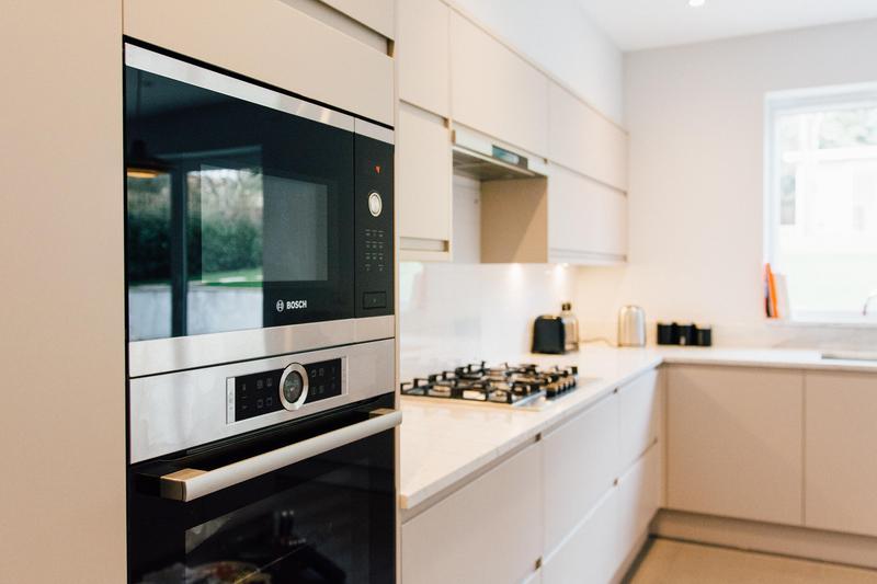 Image 25 - Kitchen