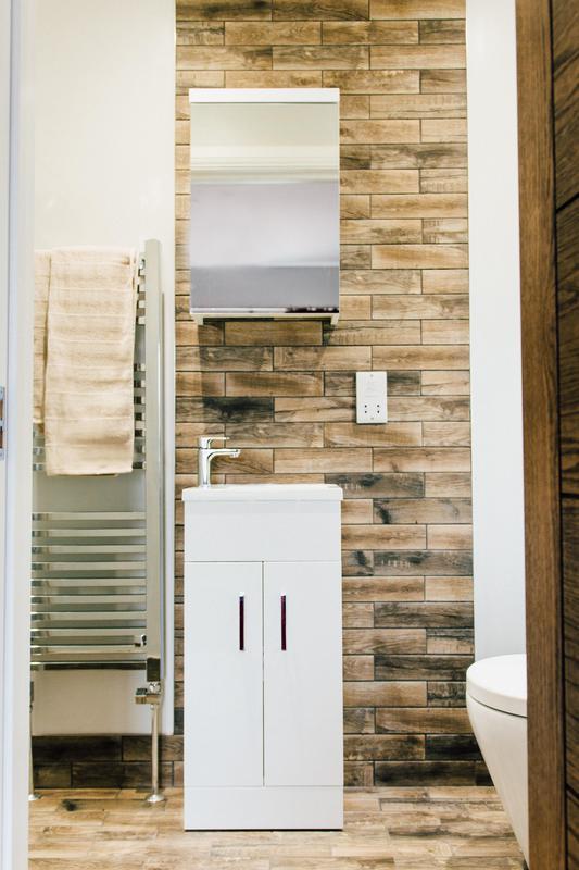 Image 13 - Shower room