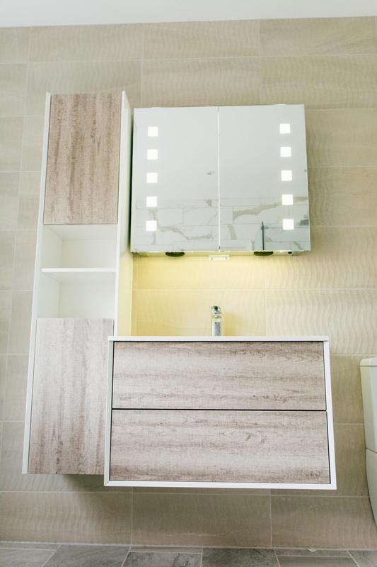 Image 20 - Bathroom