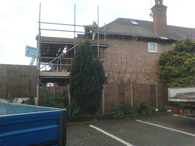 Image 7 - Whilst Phil is busy working upper level extension