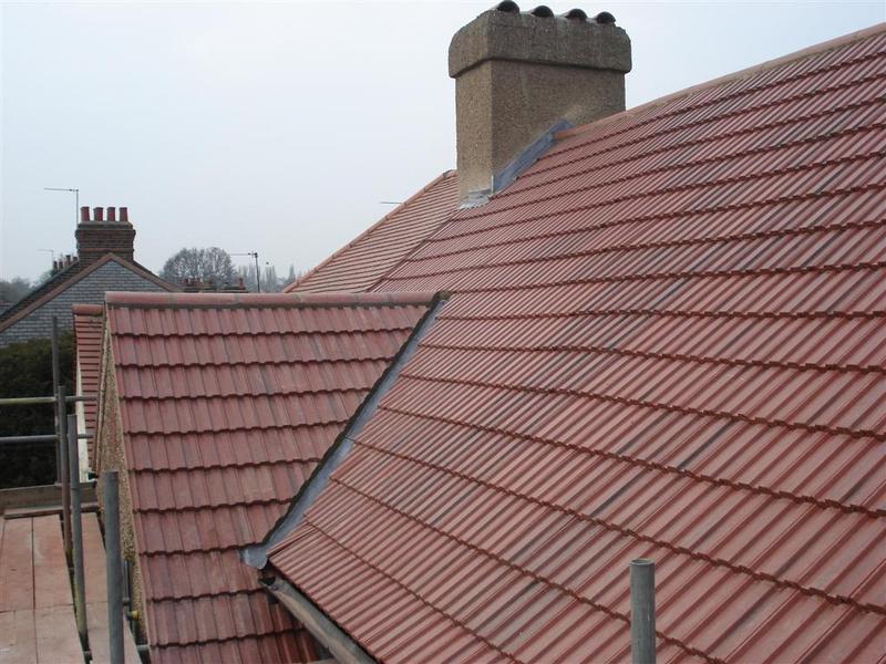 Image 12 - New roof in interlocking concrete tiles