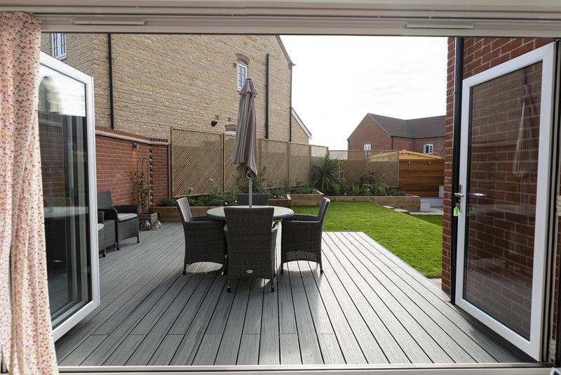 Image 11 - Contemporary Garden with Composite Decking