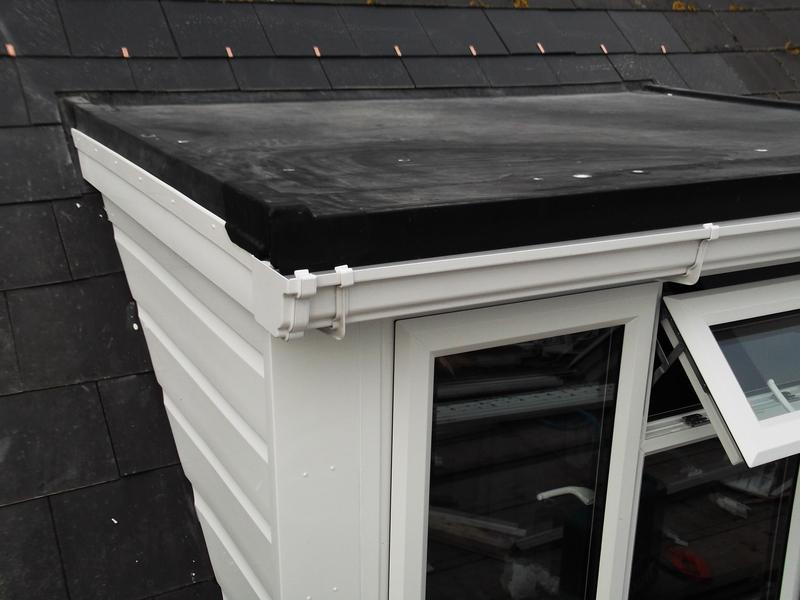 Image 6 - Finished roof with RubberBond Fleeceback covering