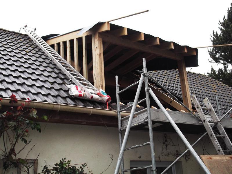 Image 7 - Building timber frame.