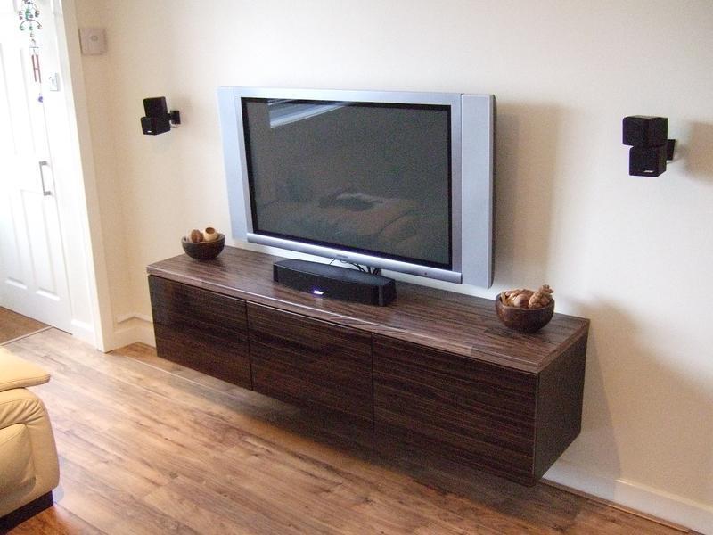 Image 19 - flooring & bespoke Tv unit