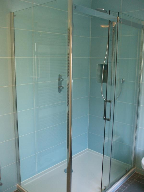 Image 7 - Harrow - Aqata Shower Enclosure