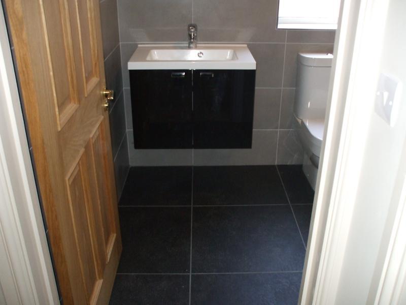 Image 11 - Harrow - Master Shower Room