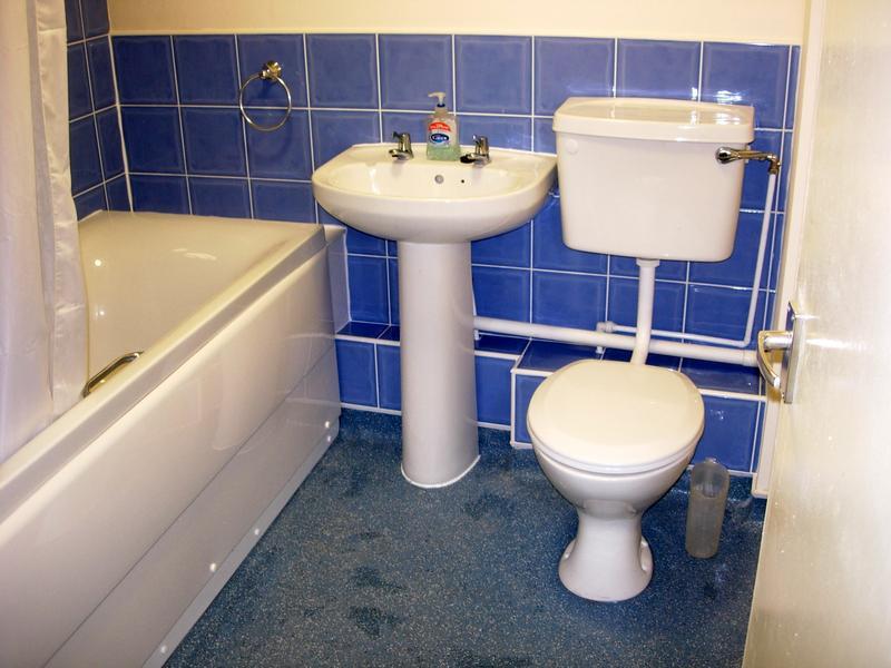 Image 26 - Bath Room 1