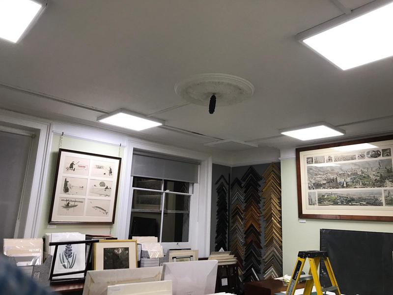 Image 11 - Ceiling lighting for shop / gallery