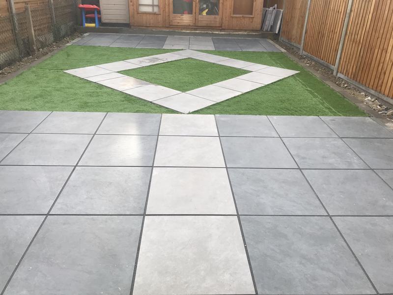 Image 11 - Back patio in Dagenham