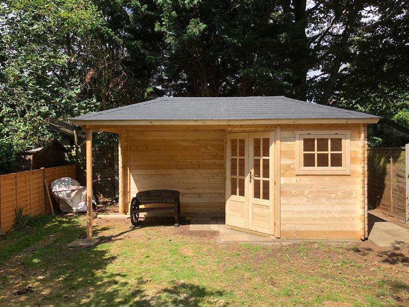 Image 62 - Jannie log cabin.