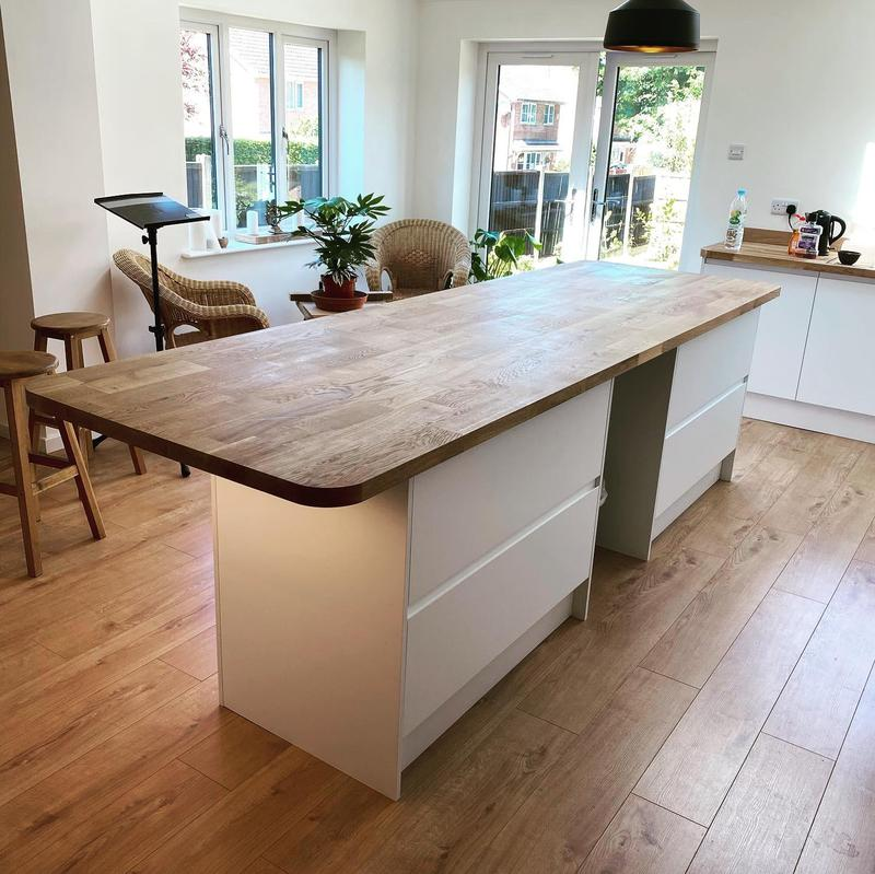 Image 15 - Finishing touches can make all the difference with this worktop lighting
