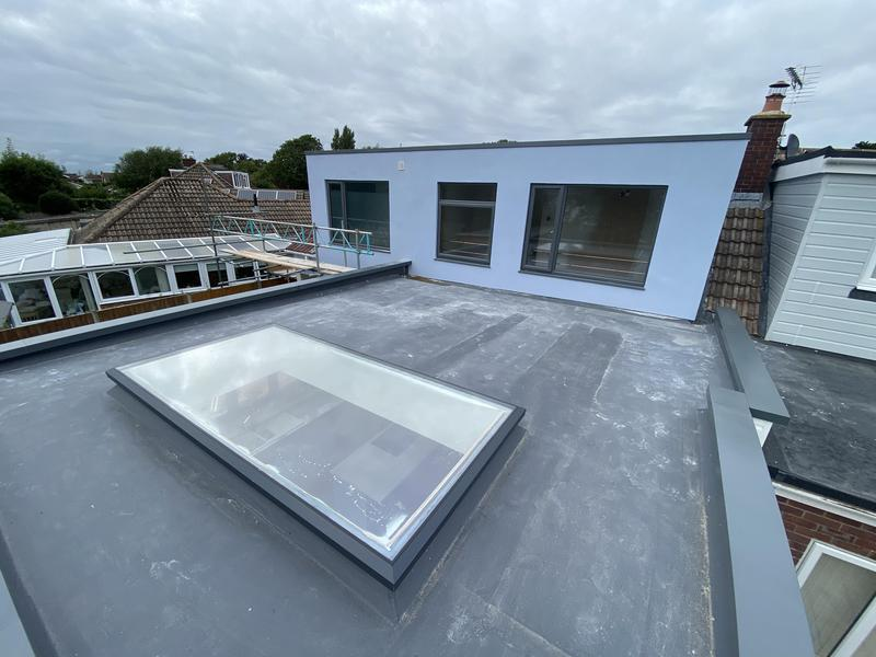Image 83 - Rear extension fibreglass flat roof. Power pit. No guttering