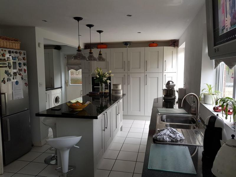 Image 12 - DIY kitchen installation