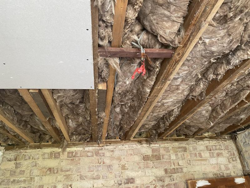 Image 21 - Insulation and board