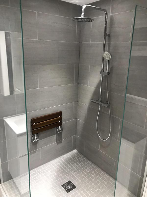 Image 4 - After.Sutton at Hone Bathroom refurbishment. Aqualisa thermostatic shower mixer