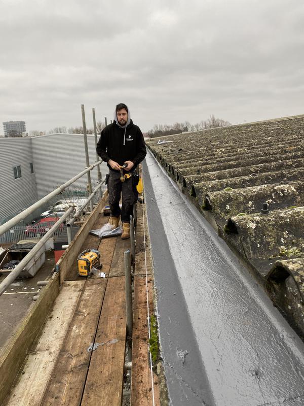 Image 62 - Industrial gutter repairs