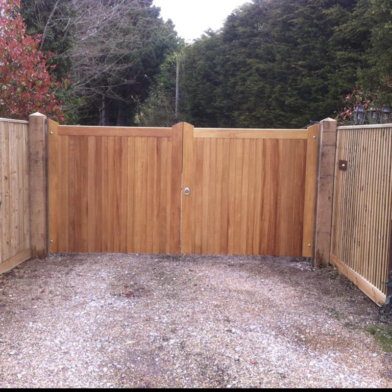 Image 29 - Iroko gates, flat top and automated