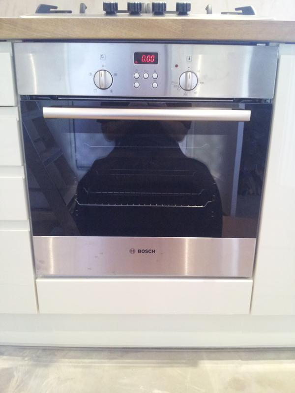 Image 4 - Installation of electric oven