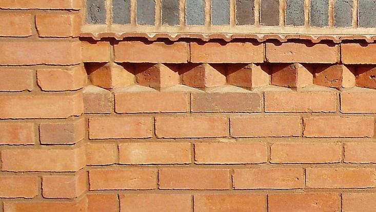 Image 7 - garden walls