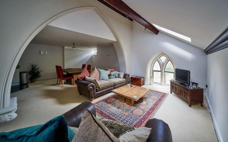 Image 115 - Fabulous apartment in a converted church - Beckenham