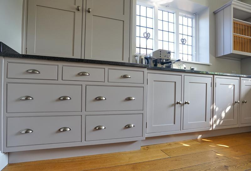 Image 145 - Farrow & Ball colours on a lovely handmade kitchen (from cream to two contrasting grey's).