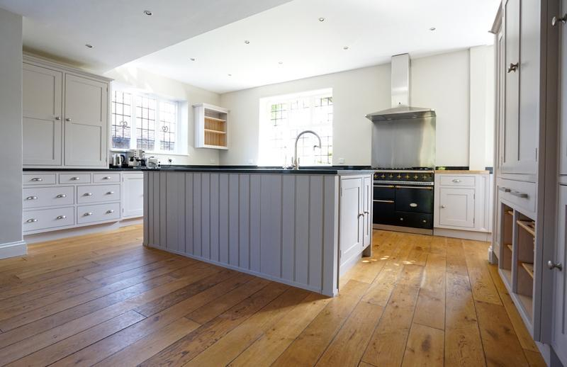 Image 28 - Farrow & Ball colours on a lovely handmade kitchen (from cream to two contrasting grey's).