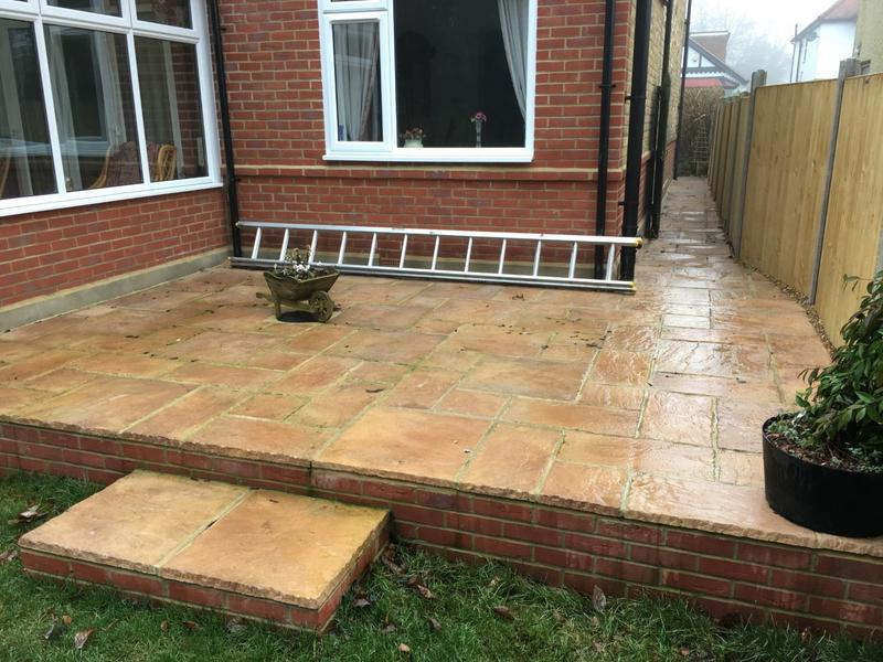 Image 21 - Patio and step