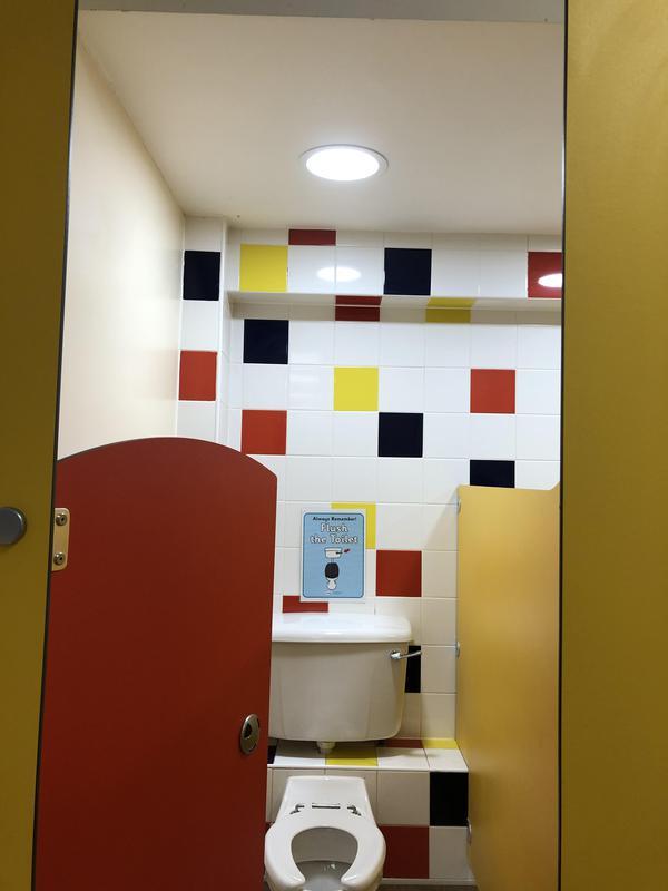 Image 30 - LED lighting in a Northampton primary school