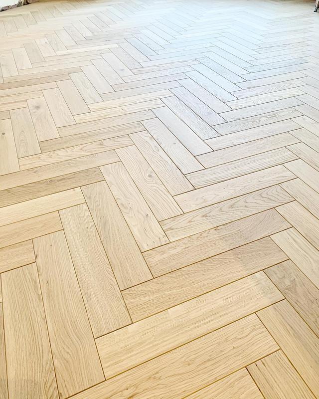 Image 6 - Herringbone floor
