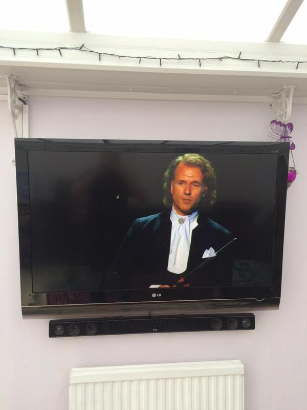 Image 28 - lcd & led tv wall mounting installation services