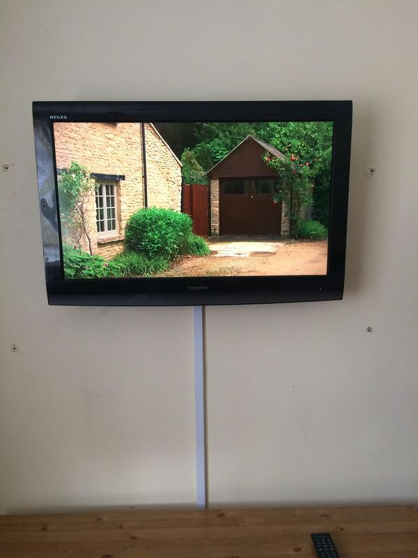 Image 35 - lcd & led tv wall mounting installation services
