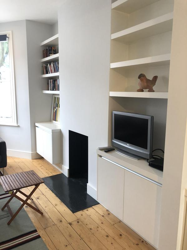 Image 15 - Alcove cupboards with shelving