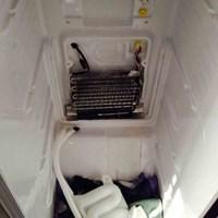Image 11 - Fan in American style fridge freezer became very noisy. Fan and heating element replaced. BEFORE