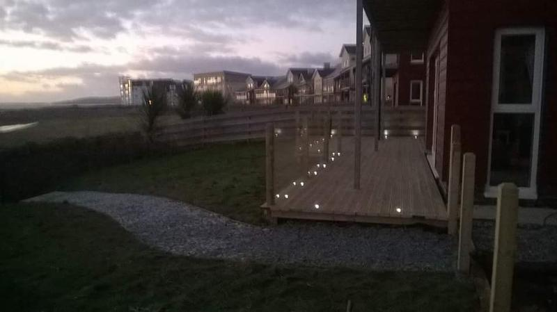 Image 16 - Stunning deck with resesed lighting