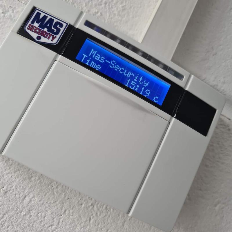 Image 22 - Wired Euro 46 keypad