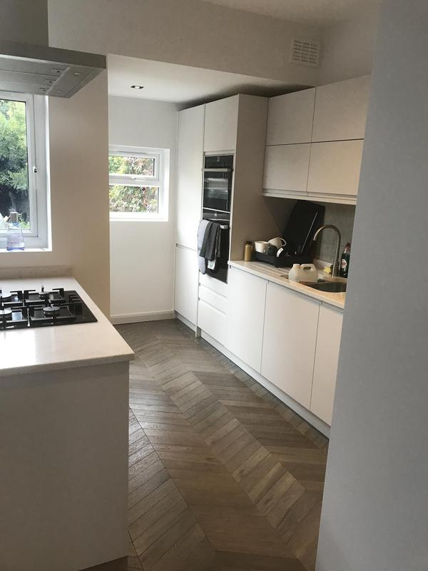 Image 13 - Kitchen se23