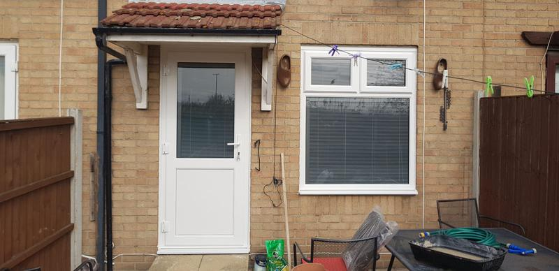 Image 26 - External view of the Anthracite Grey integral blinds fitted during this installation
